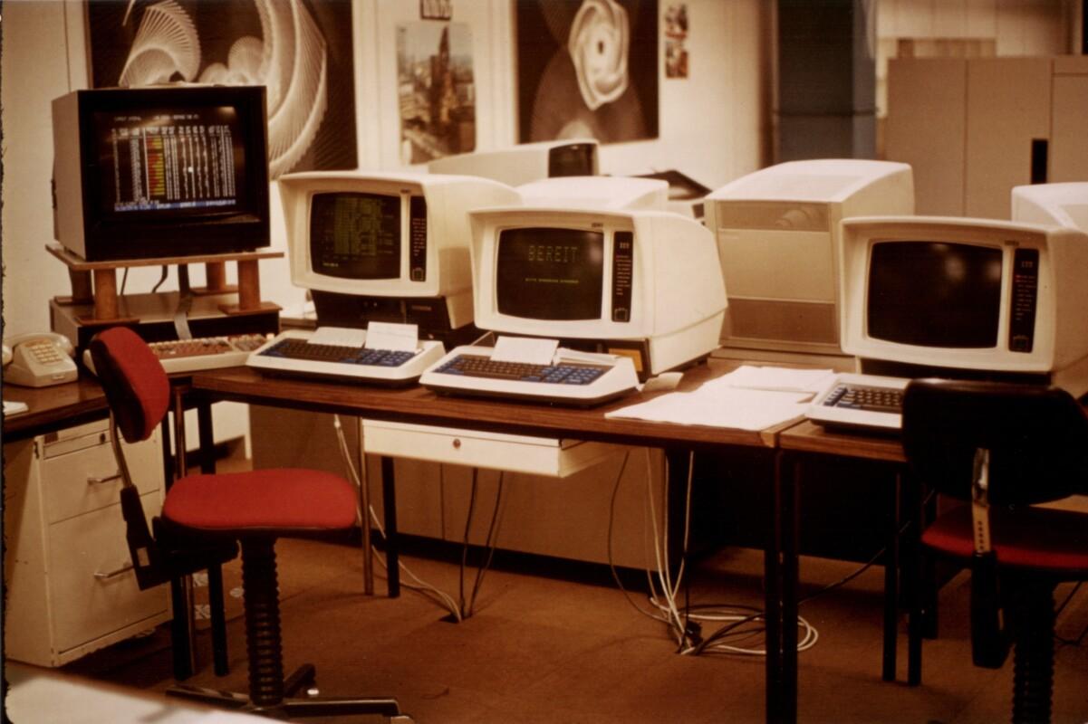 Erste PCs für den technischen Dienst